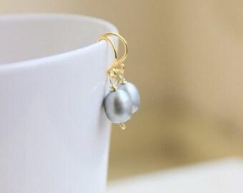 Love You Sale Grey Pearl Earrings teardrop Gold GE15