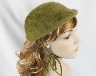 Vintage 1950s Hat Moss Green Faux Fur Shell Cap by Betmar Sz 21