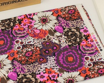 4416 - Floral Cotton Fabric - 59 Inch (Width) x 1/2 Yard (Length)