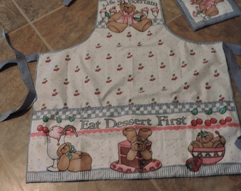Eat Dessert First Apron & Pot Holder