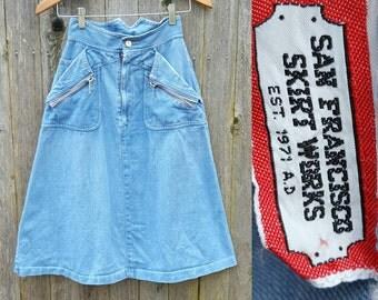 "Vintage Denim Skirt  // Vtg 70s San Francisco Skirt Works Light Wash Denim Distressed High Waist A Line Skirt w/ Zipper Accents  // 25"""