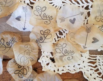 Boho Wedding Confetti for Tables~Wedding Table Decorations Centerpiece~Wedding Confetti Rose Petals~Rustic Bridal Shower decorations
