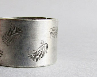 Hand Stamped Feather Ring - Made to Order Ring - Custom Stamped Feather Ring - Gift under 100 - Christmas Gift for Her