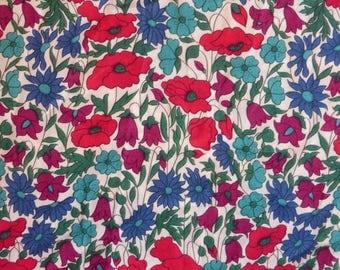 Liberty of London Tana Lawn fabric Poppies and Daisies  YARDAGE Liberty Tissu