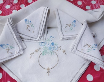 vintage irish linen blue embroidered tablecloth and 4 napkins