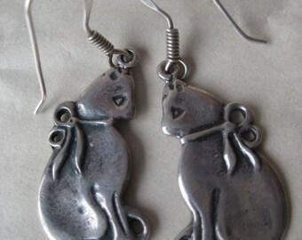 Cat Kitten Sterling Dangle Earrings Pierced Wire Silver Vintage 925 LLE