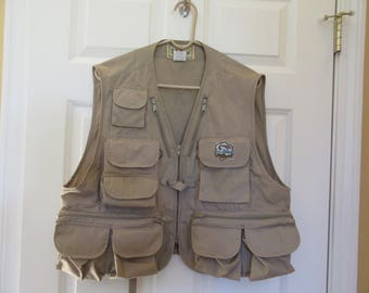 LL Bean fishing vest with multiple pockets sides and back- Mens size Large