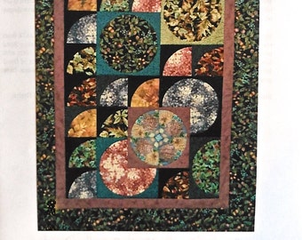 Quilt Pattern - Curves of Desire wall hanging