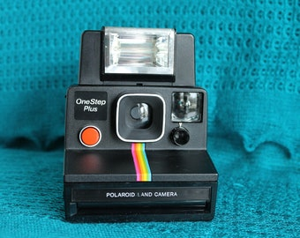 Working Polaroid Rainbow Black Onestep Plus With Flash Sx-70 camera Film tested