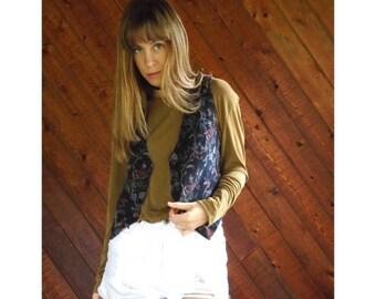 extra 30% off sale . . . Floral Corduroy V Neck Waistcoat Vest - Vintage 80s - XS/S