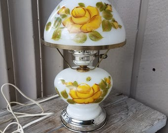 Gone with the Wind style Parlor Lamp with Yellow Rose Design
