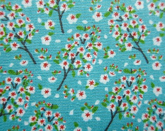 Floral Print Fabric - Cotton Fabric - Tiny Wildflowers - Fat Quarter