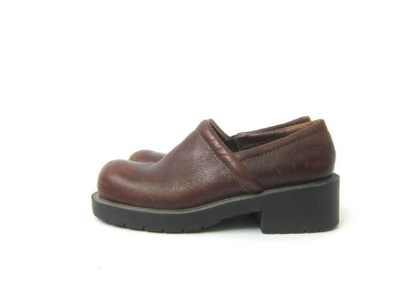 vintage brown leather Clog shoes Hipster Preppy Walking Shoes Chunky Leather Closed Toe Shoes Women's Size 6