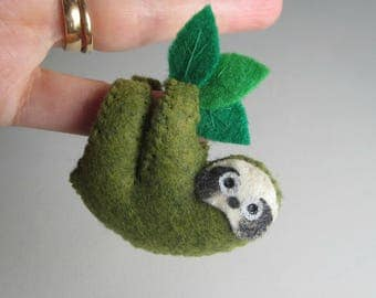 Green mossy felt Sloth stuffed animal miniature  with bendable legs and hand painted face -rain forest animal