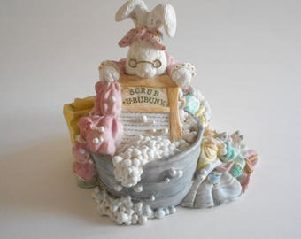 Grammie's Wash Day Rabbit Figurine Bunny Figurine Resin Vintage 1994 Patchville Bunnies Made in Thailand Box Included Home Decor