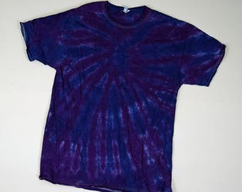 Deep Purple Vortex Tie Dye T-Shirt  (Fruit of the Loom Heavy Cotton HD Size L) (One of a Kind)