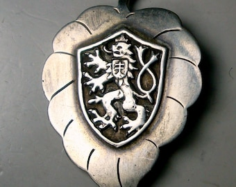 Sterling Leaf Pin w Germanic Medieval Lion Shield n Crest, Royal Coat of Arms,  French English, Brooch, Tete Mickey Michael 1959 Signed