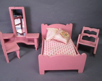 """Vintage German Dollhouse Miniature Furniture - Four Piece Bedroom Set in Pink - 1"""" Scale"""