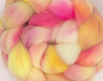 Hand dyed roving, Spinning, felting, fiber, British Cheviot, hand dyed wool tops, hand dyed fibre, fiber, Colour ;Fruit Crush