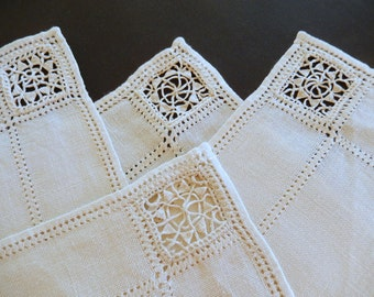 vintage placemats/linen/hand embroidered/ecru/set of 8/table linens/vintage linens/kitchen and dining