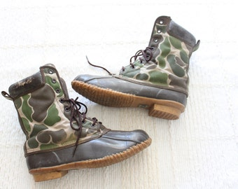 vintage CAMOUFLAGE canvas and rubber Duck Boots / vintage rustic rain boots