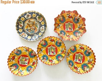 HOLIDAY CLOSEOUT 50% OFF Lot of Five Vintage Bowls Pressed Cardboard Christmas Holiday Display Piece Candy Container West Germany