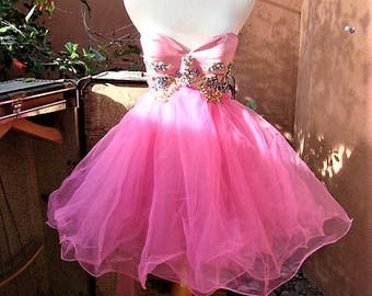 Vintage Strapless Jeweled Silk Bodice Layered Tulle Hot Pink Dress by Sherri Hill Size 2