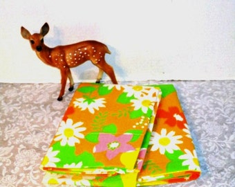 VINTAGE Pillowcases Set One Pair Wamsutta Superlin Mod Floral 2 Queen Orange Yellow Green Pink, New Old, Shabby Cottage Chic Upcycle Supply