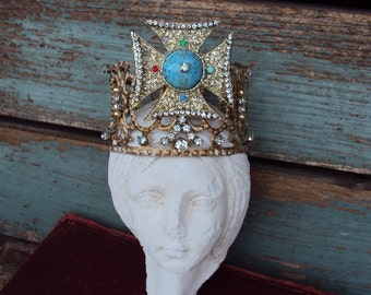 Antique Style Jeweled Crown Cross Medallion Shabby Chic for Angel Statue Santos Ornament Distressed Metal with Clear Rhinestones Medallion