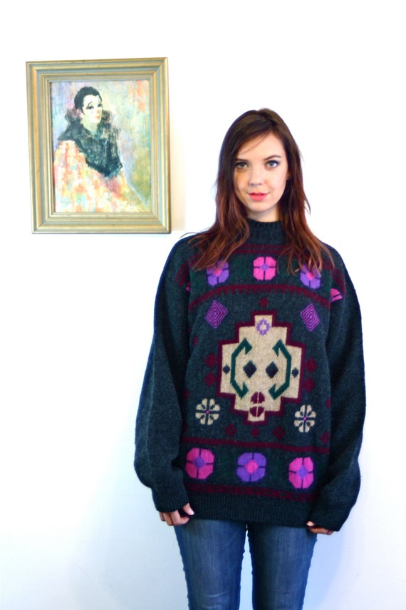 Vintage 80s Benetton Ski Sweater Charcoal Gray Shetland Wool Pullover Pink & Purple Flowers Geometric Pattern Boxy Oversized Ladies Jumper
