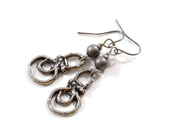 Simple Pewter Earrings, Pewter Earrings, Wire Earrings, Boho Chic Earrings, Artisan Earrings, Industrial Earrings, Pewter, Silver, AE130