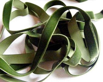 Vintage 1940's German Rayon Velvet Ribbon 5/8 Inch Moss Green