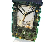 Apple iPod Hard Drive now a Clock on a Circuit Board, all recycled. About Time!