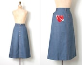 vintage 1970s skirt / levis denim skirt sequin heart applique  / extra-small xs
