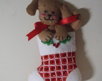 Bucilla Felt PUP in STOCKING from the Christmas Pups & Kittens Collection