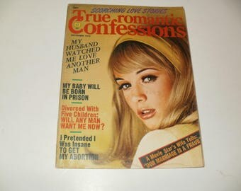 Vintage True Romantic Confessions Magazine November 1972 - Scorching Love Stories - Campy  Spicy Stories - Hair Styles  Retro 1970s