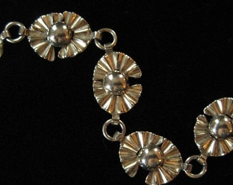 Gold Filled Bracelet, Pale Gold Fan Design, 1950's