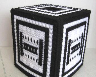 Plastic Canvas Boutique Tissue Box Cover - Black and White