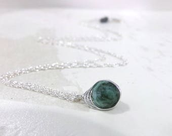 Emerald Necklace, Sterling Silver, Green Necklace, Natural Emerald Necklace, Emerald Gemstone Necklace, Birthstone Necklace, Simple - Jardin