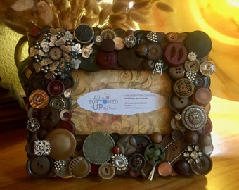WINE Button Frame In Browns ~ Gift for Vintner ~ Gift for Wine Lover ~ Gift for Him ~ Gift for Her ~ Rustic Home Decor ~ for 4x6 photo