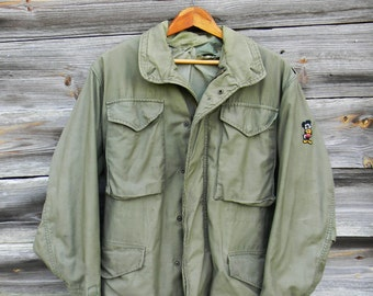 Vintage Military Field Jacket, Army Green Coat, 1970s Army Surplus Coat, Size Small army Green Utility Jacket, Military Style, Men's Jacket