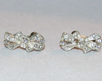 Rhinestone Earrings, Sparkling Clear,Screw Back / Vintage old jewelry