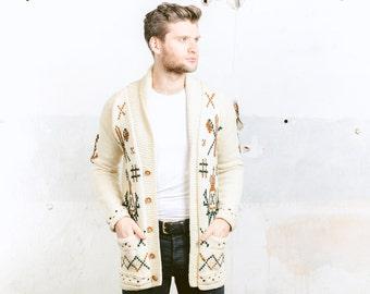 Mens 60s COWICHAN Sweater Cardigan . Beige 1960s Vintage HANDKNIT Sweater Wool Blend Jacket Mens Clothing . sz Small S