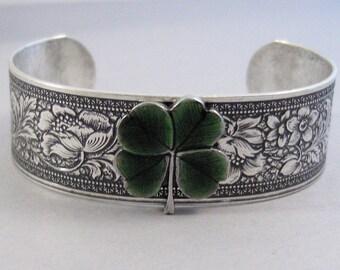 Green Clover,Shamrock Bracelet,Irish Cuff,Clover Bracelet,Green,Cuff Bracelet,Bracelet,Silver,Shamrock,Clover,Irish,Lucky,valleygirldesigns