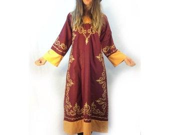 Vintage 70s Indian embroidered midi maxi dress // mumu kaftan gown // boho hippie festival ethnic traditional // small medium