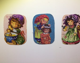 3x Magnets with upcycled scrap illustrations, pretty girls.