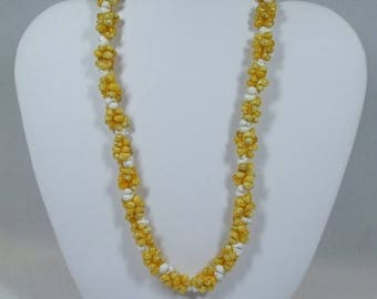 SALE 50% OFF Vintage  Yellow Shell Necklace