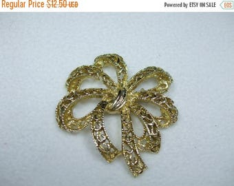 SALE 50% OFF Vintage Bow Goldtone Brooch- Filigree Design
