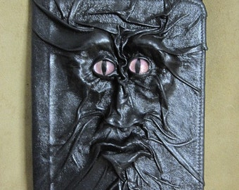 "Grichels leather 9"" universal tablet computer/e-reader cover - ""Kestoom"" 29451 - black with custom metallic pink slit pupil eyes"
