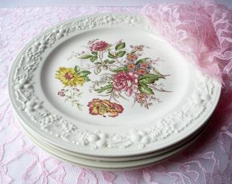 Vintage Dinner Plates Homer Laughlin Theme Floral Set of Four - Cottage Chic